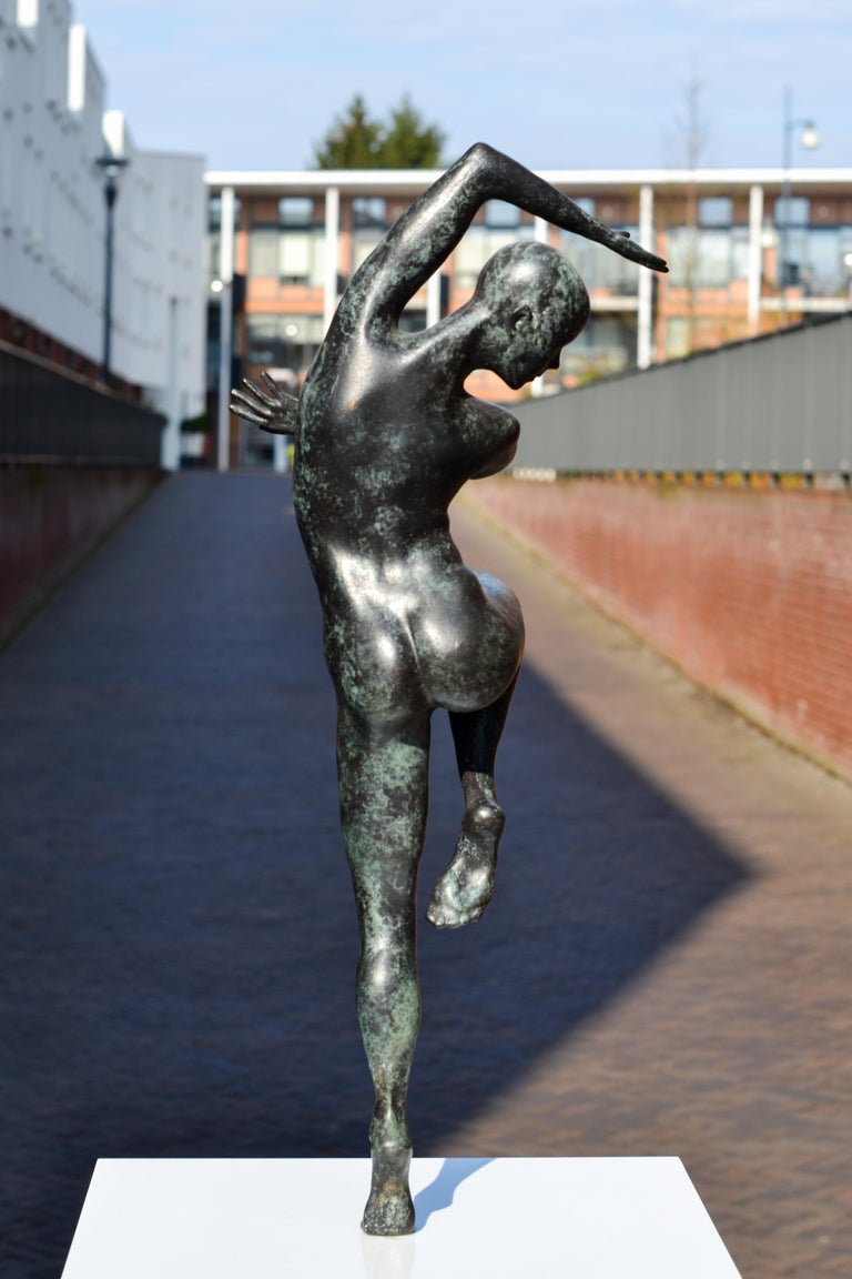 Freedom - Andries Velting 21st Century Contemporary Bronze Sculpture Patina  For Sale 7
