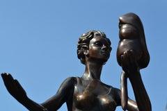 Reflectia - Frans van Straaten, 21st Century Contemporary Bronze Sculpture