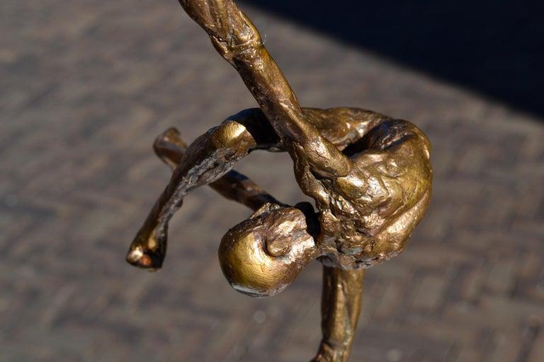 Modern Love - 21st Century Contemporary Bronze Sculpture by Martijn Soontiens 1