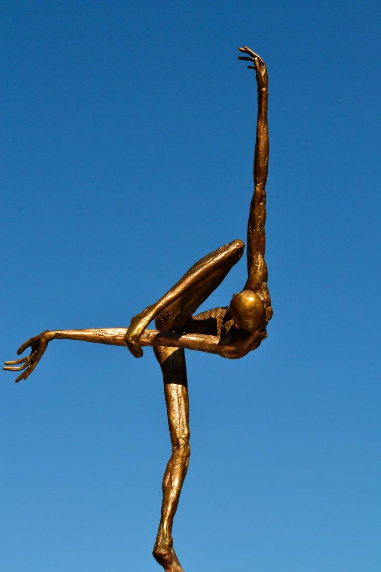 Modern Love - 21st Century Contemporary Bronze Sculpture by Martijn Soontiens 9