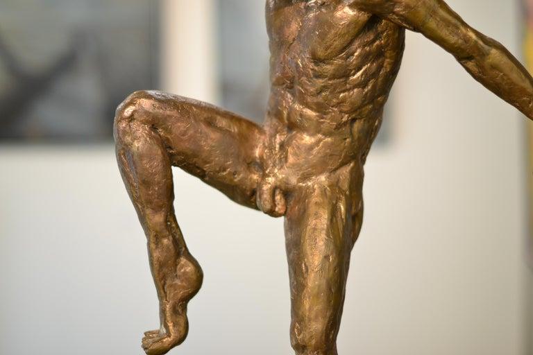 Dancer no. 5 - Martijn Soontiens, 21st Century Contemporary Sculpture of a Man For Sale 9
