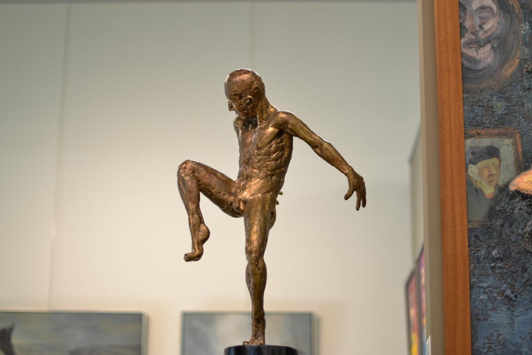 This sculpture is made out of bronze, by Dutch artist Martijn Soontiens. He made a series of sculptures for the latest exposition at Galerie Bonnard. You can check out the rest of the series on 1stdibs. The sculptures are about moving and movement.