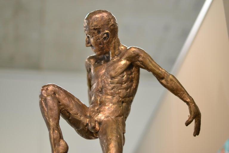 Dancer no. 5 - Martijn Soontiens, 21st Century Contemporary Sculpture of a Man For Sale 11