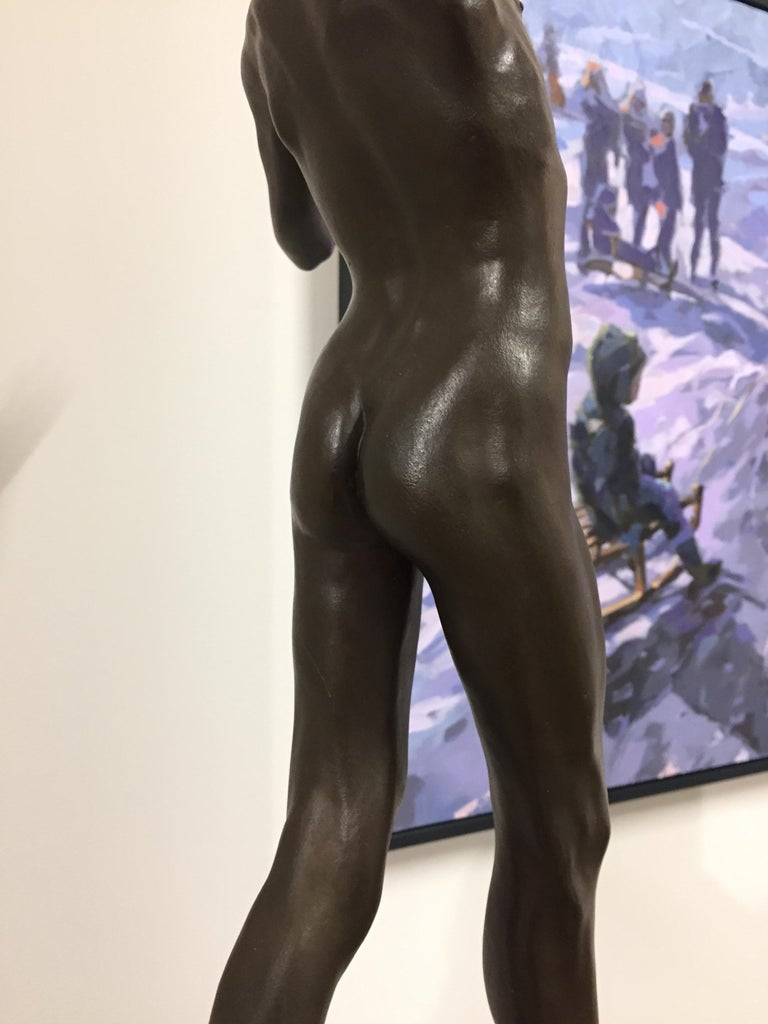 Tollit, 21st Century Contemporary Bronze Sculpture of a nude boy For Sale 6