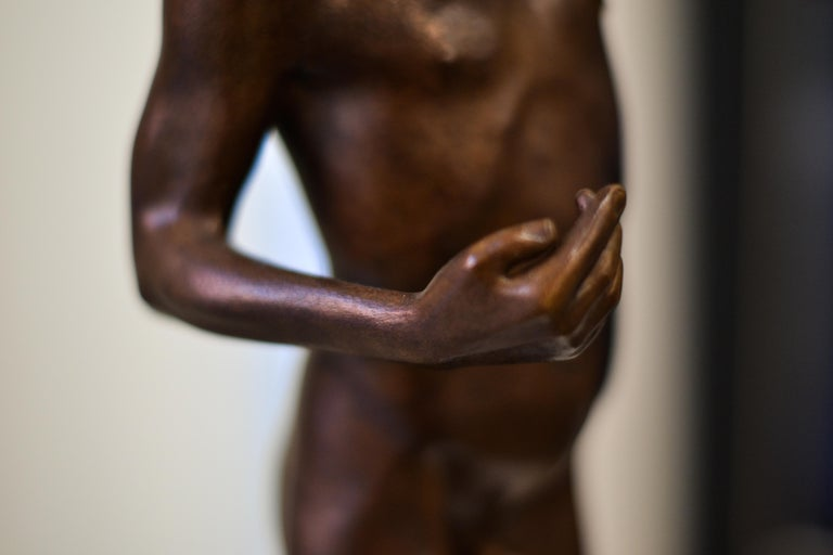 Aestus- 21st Century Bronze Sculpture of a Young Nude Boy with a Shell For Sale 4