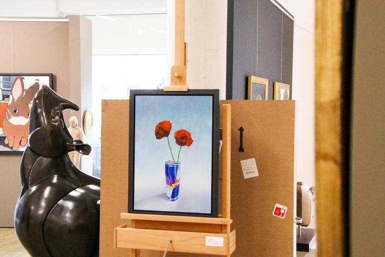 Poppy versus Red Bull - 21st Century Contemporary Still-Life by Dutch JP Marsman For Sale 5