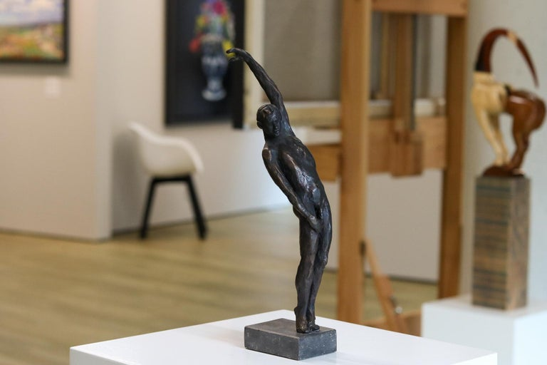 Male Nudity - 21st Century Contemporary Bronze Sculpture of a Nude Man Standing - Gold Figurative Sculpture by Romee Kanis