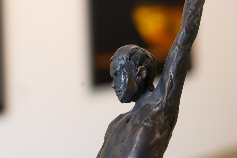 Male Nudity - 21st Century Contemporary Bronze Sculpture of a Nude Man Standing For Sale 3