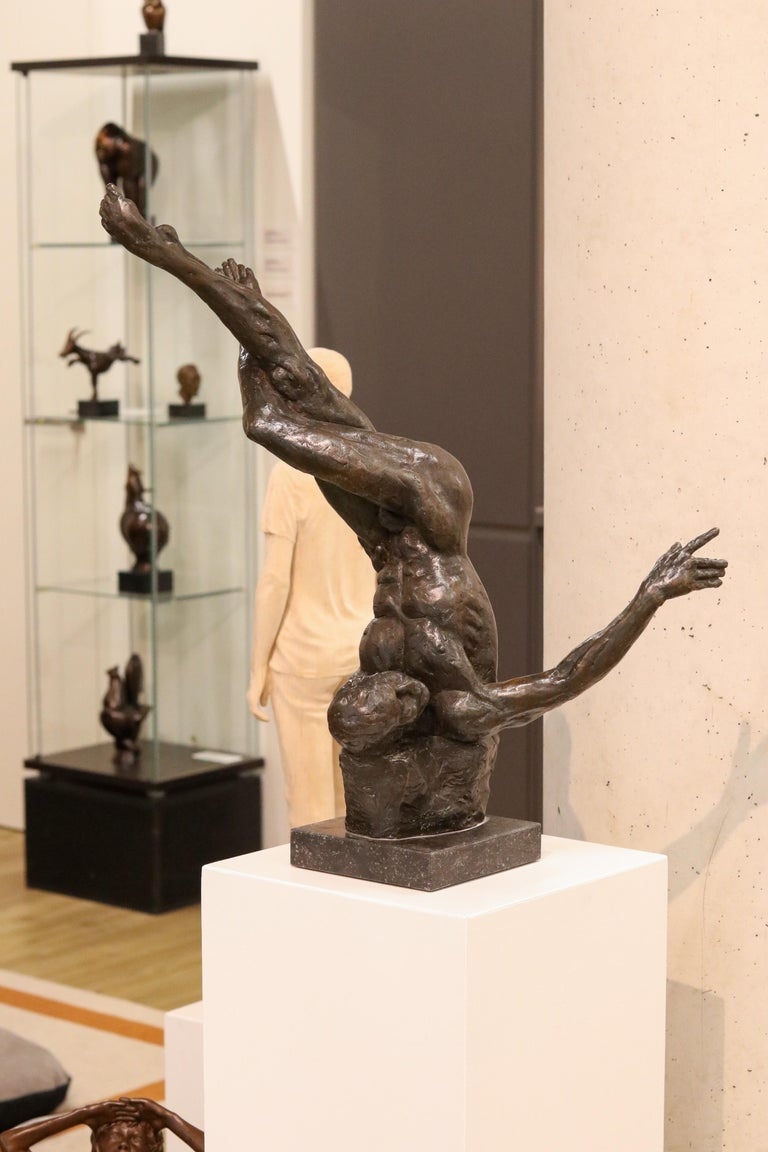 Turnover - 21st Century Contemporary Bronze Sculpture of a Dancing Nude Man - Gold Nude Sculpture by Romee Kanis