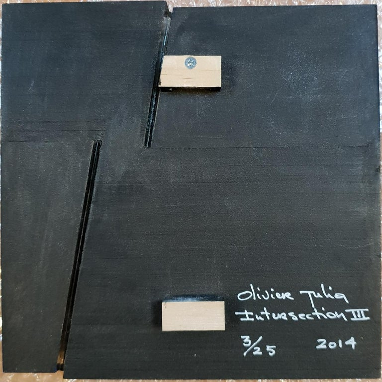 Intersection III is one of a series of four different small size contemporary modern sculpture painting reliefs by French-Dutch artist Olivier Julia. This relief is made from wood, fiberboard, a small strip of glass and it is finished with a blue