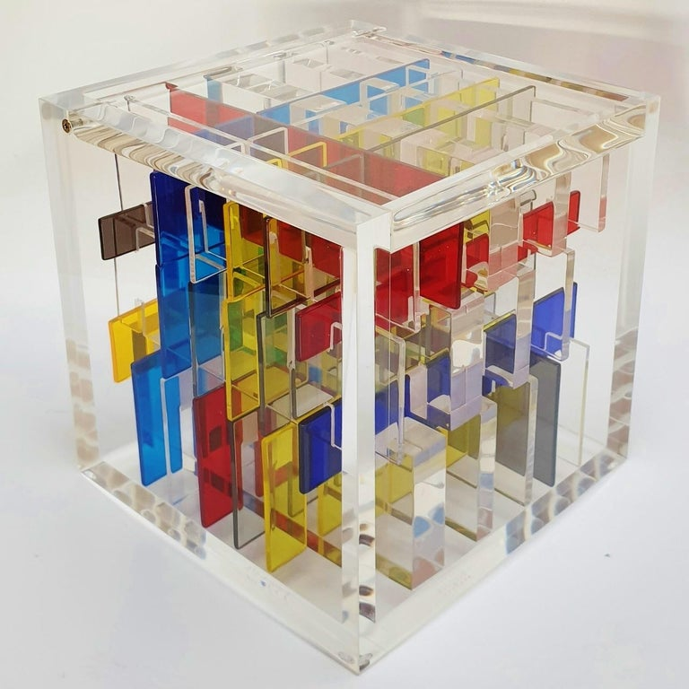 Haringa + Olijve Abstract Sculpture - Boogie-woogie - contemporary modern abstract geometric cube sculpture