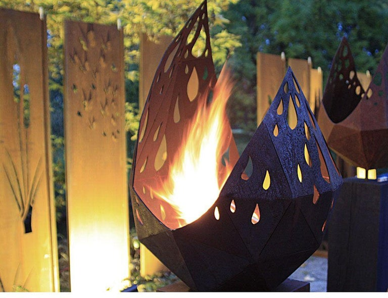 "Outdoor Fire Pit - ""Drop"" with angled pedestal - Medium Height - Sculpture by Stefan Traloc"