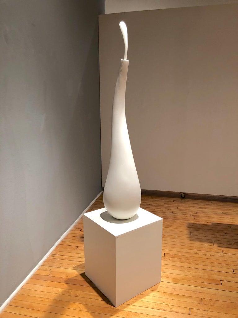 Dancing Bird, white organic sculpture in painted wood - Surrealist Sculpture by John Maloof