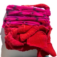 Genten/Color - Textured red and pink fabric sculpture
