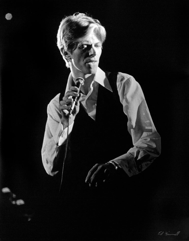 Ed FINNEL Black and White Photograph - DAVID BOWIE LOS ANGELES 1976 Station to Station U.S TOUR