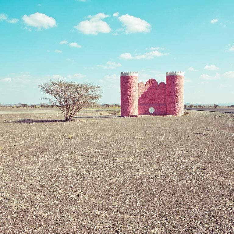 Falaj al Harth - Fine Art Photography, Landscape, Contemporary, Roger Grasas - Gray Color Photograph by Roger Grasas