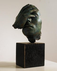 Reflexion - Miguel Guía Realism Bronze layer Sculpture