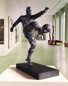 Zidane goal winner - Miguel Guía Constructivist Cast bronze Sculpture