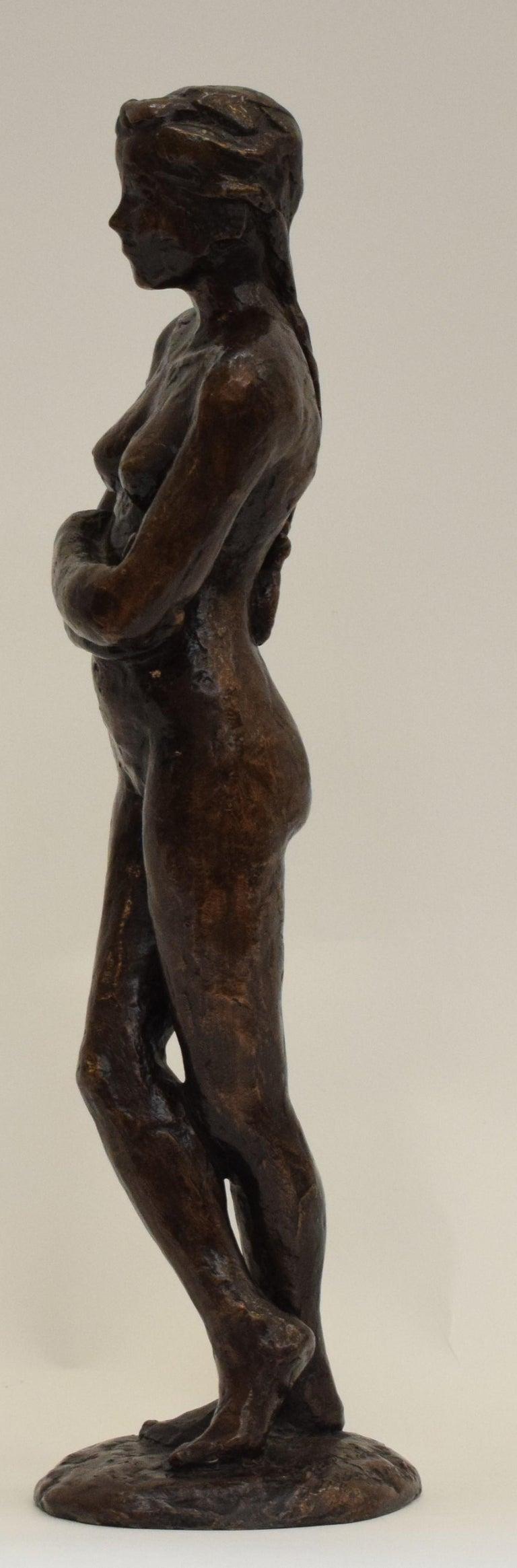 Bronze statue of a woman, Anneke Hei - Degenhardt (1951), Signed - Sculpture by Anneke Hei-Degenhardt