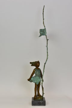 Girl with flag - Statue Figurative Sculpture Bronze Art Contemporary