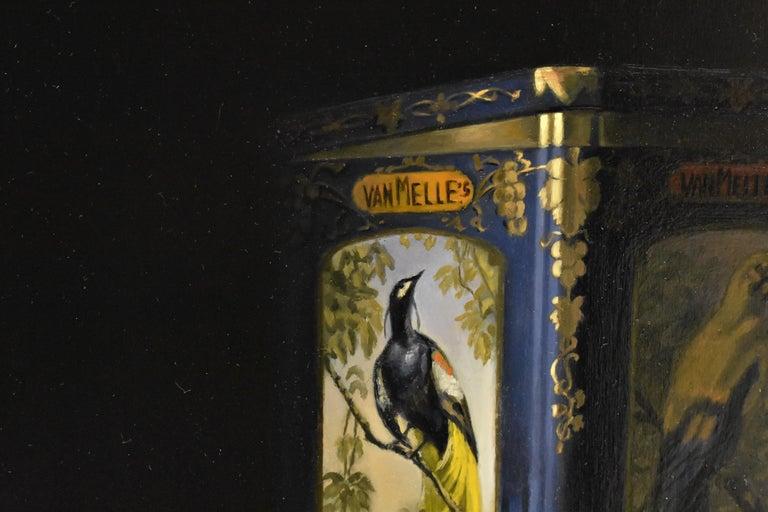Vintage tin van Melle biscuits with bird of paradise - Peter van den Borne 3