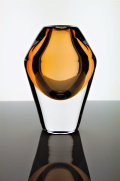 L Ä H D E  Spring vases