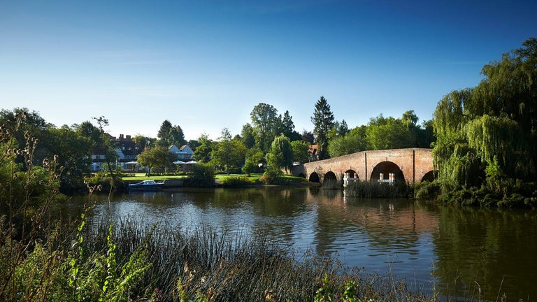 Bridge at Sonning on Thames For Sale 13