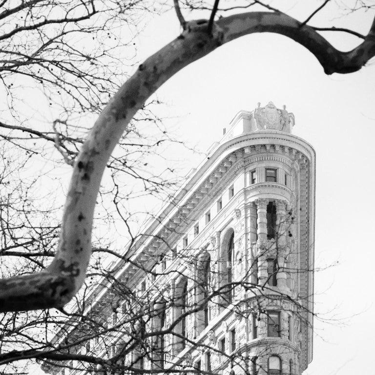 Flatiron Building 1, New York City, USA - Black and White Fine Art Photography - Gray Black and White Photograph by Gerald Berghammer, Ina Forstinger