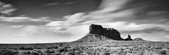 Wild West Panorama Utah, Monument Valley, minimalist black and white landscape