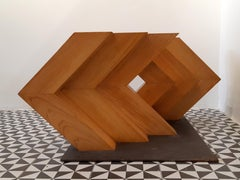 Seis escuadras, tres a tres -  Wood sculpture and stainless steel by Alfaro