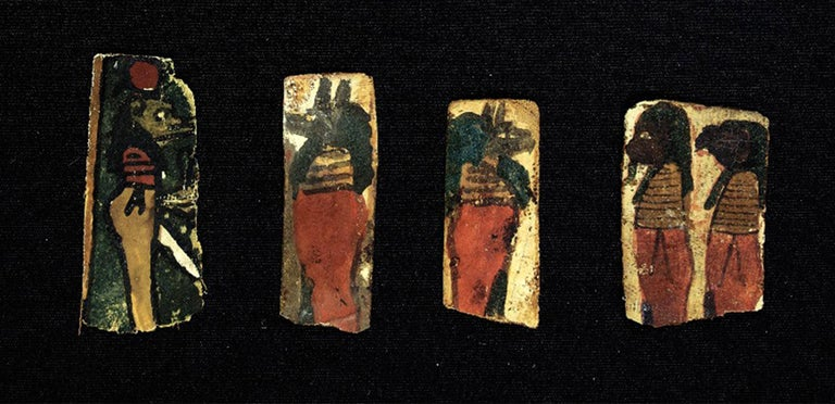 Set of Egyptian cartons with figures of the four gods. c. 300 a. C. For Sale 1