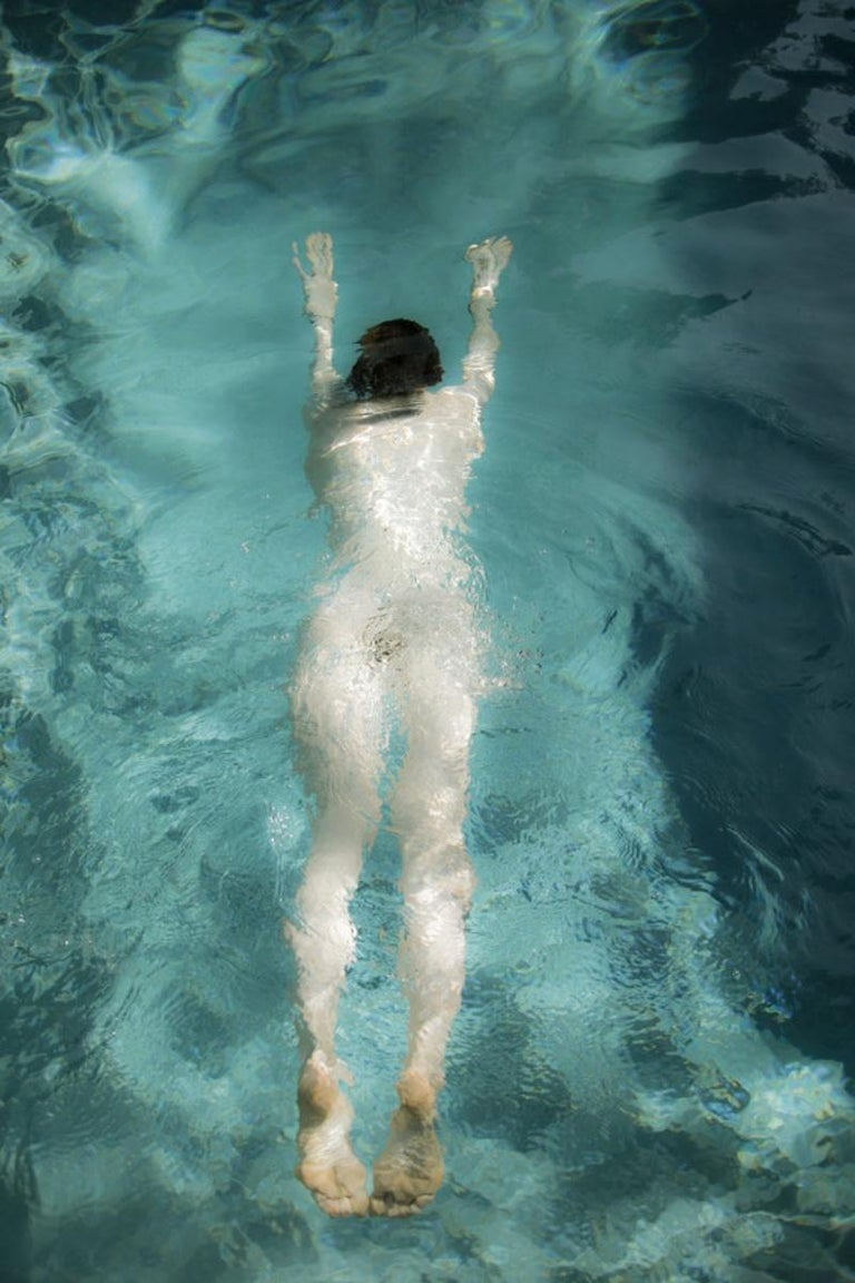 Untitled, from the series 'The Garden' – Erik Madigan Heck, Nude, Woman, Pool - Photograph by Erik Madigan Heck