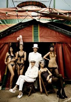 El Circo    70 in x 47 in