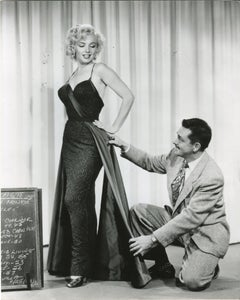 Marilyn Monroe & William Travilla - Press