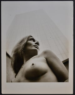 Paris  - Nude in front of Montparnasse tower