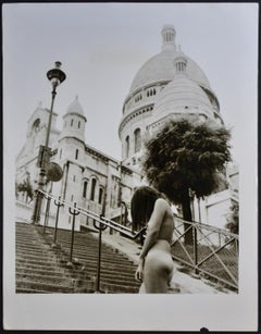 Paris  - Nude in front of Sacré Cour