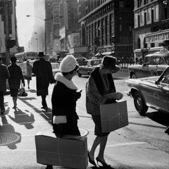 NYC Shopping Couple