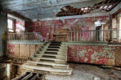 Contemporary Color Urban Photography : Heartbreak Hotel