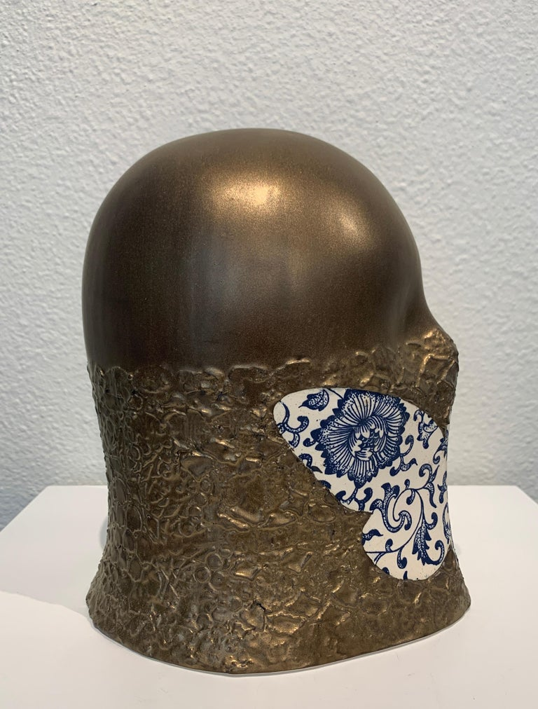 Gilded Butterfly Veil, Chloe Rizzo Sculpture Porcelain Delft Glaze Gold Female For Sale 3