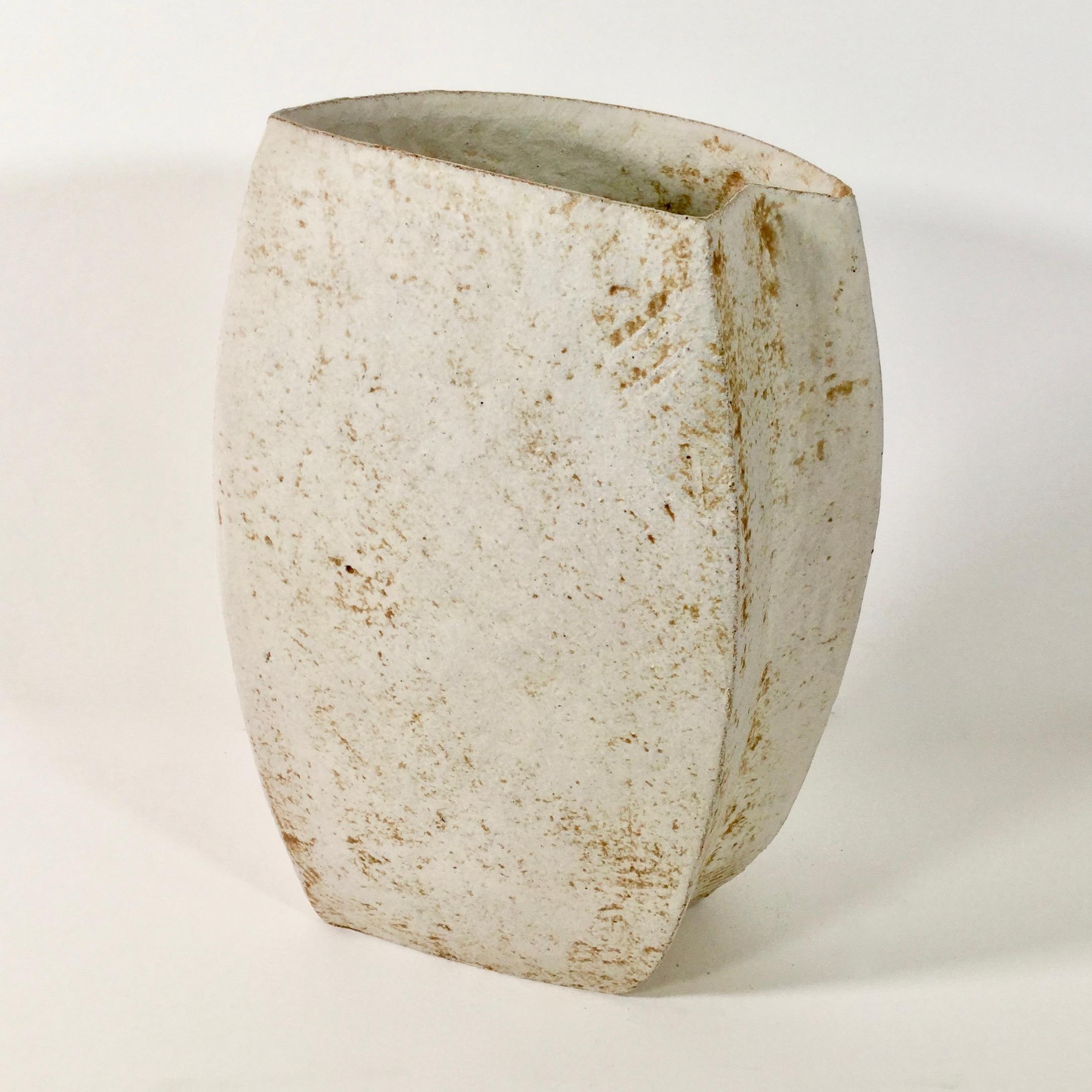 Paul Philp, Freeform Vessel I. Stoneware, ceramic, light, white, cream, chalky