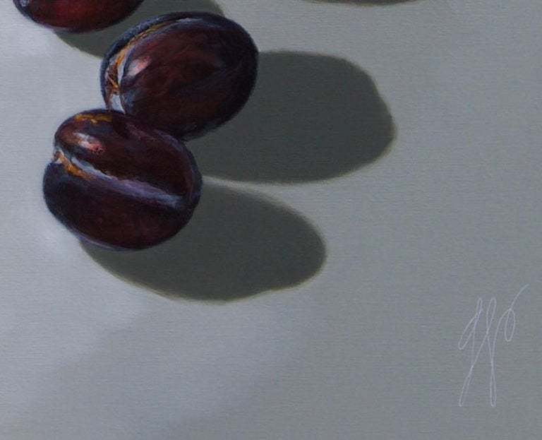 ''Plums on light'', Contemporary Still Life with Porcelain and Fruit For Sale 1