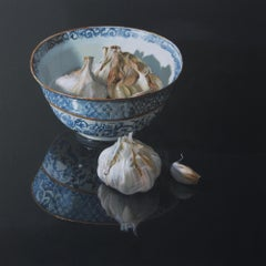 ''Chinese Bowl with Garlic'', Dutch Contemporary Still Life with Porcelain
