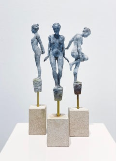 Lilliputian #26 by Rod Moorhead. Figurative sculpture.