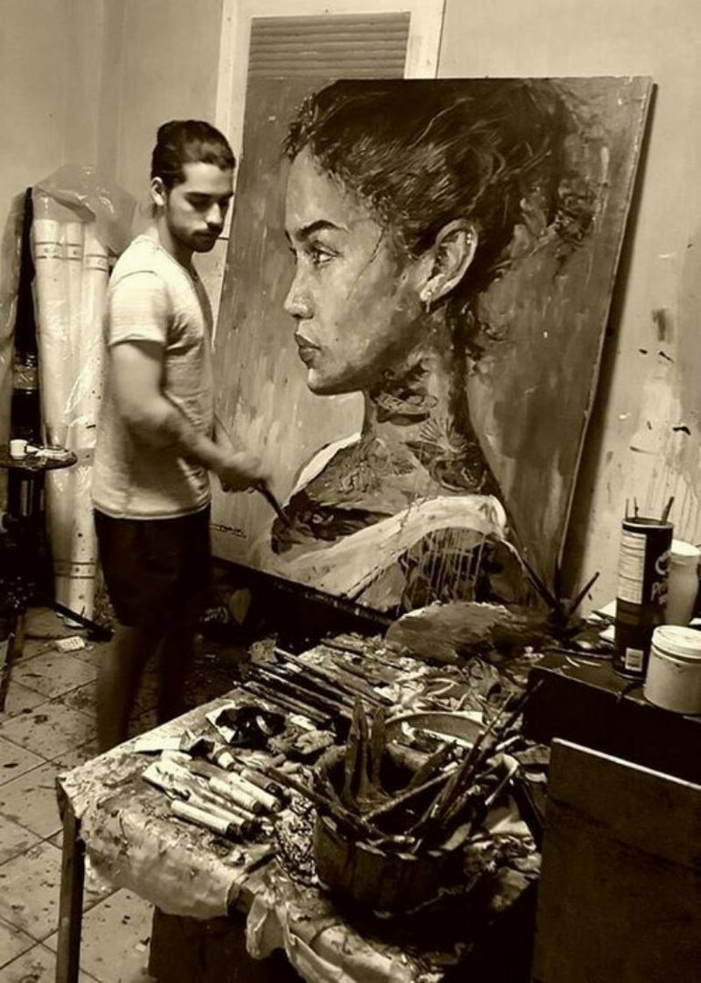 Just received this  portrait Elizabeth with florals by Cuban artist Eric Alfaro who resides in Miami. Eric Alfaro is a Cuban artist based in the United States whose paintings have been exhibited internationally. He describes his current artist
