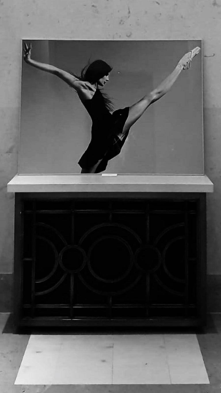 BALLERINA - MARIE AGNES GILLOT - OPERA NATIONAL DE PARIS 2008 - Gray Figurative Photograph by PHILIPPE ROBERT