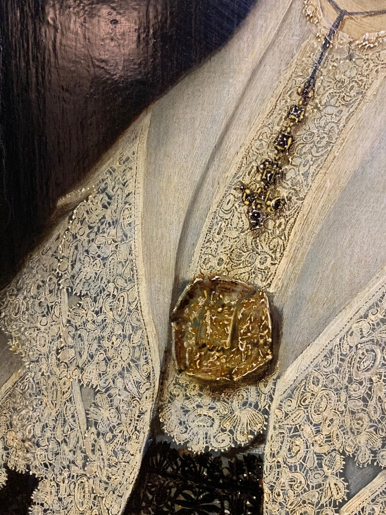 17th century Dutch Old Master Portait of a lady - lace collar jewellery For Sale 4