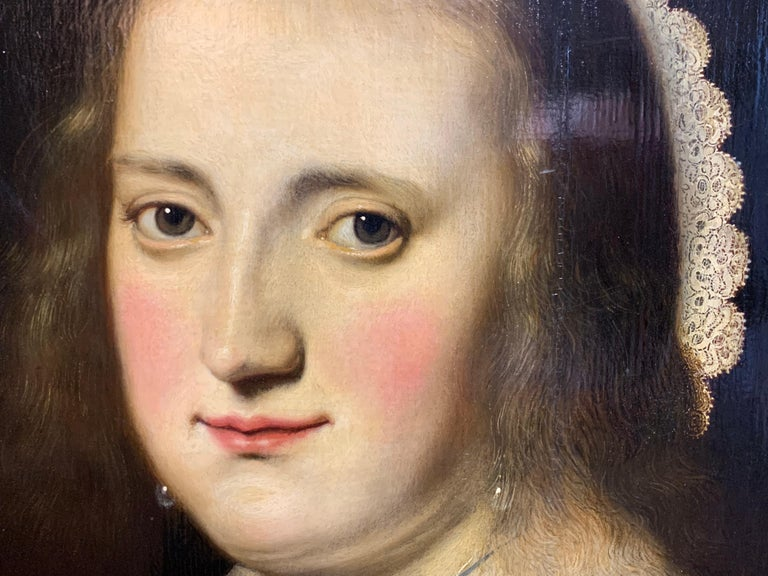 17th century Dutch Old Master Portait of a lady - lace collar jewellery For Sale 2