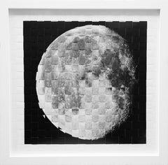 Moon, Round