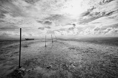 Watty Horizon - contemporary black & white landscape photograph with ocean