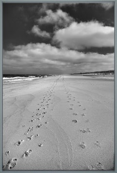 Footprints II - contemporary black & white landscape photography with ocean
